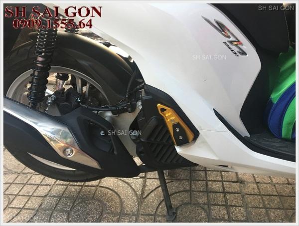 Photo gác chân Biker CNC sang trọng cho xe SH 2017 giá siêu rẻ uy tín ở Sài Gòn